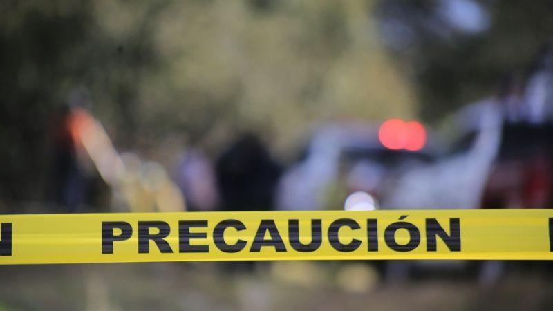 De terror: Roban vehículo a candidato de Zacatecas; lo hallan con dos cuerpos dentro