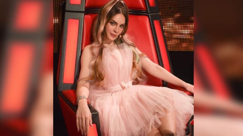 Belinda tiene 28 años y así es cómo luce con este atuendo desde los foros de 'La Voz'