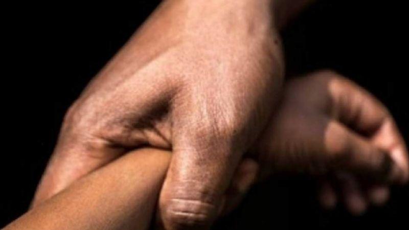 De terror: Atan de manos y pies a niña y la violan en grupo; le prometían vacuna contra Covid-19