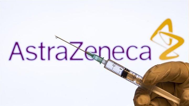 Pánico en Reino Unido: Tras vacunarse con AstraZeneca, mueren 7 personas por coágulos en la sangre