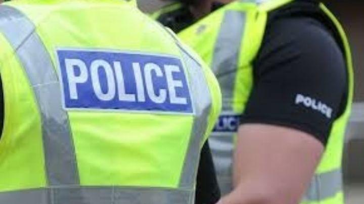 Fatal accidente: Policías atropellan a una mujer; se dirigían a un reporte de emergencia