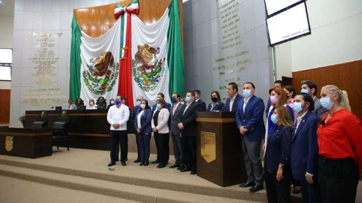 Congreso de Tamaulipas rechaza desafuero; reconoce a García Cabeza de Vaca como gobernador