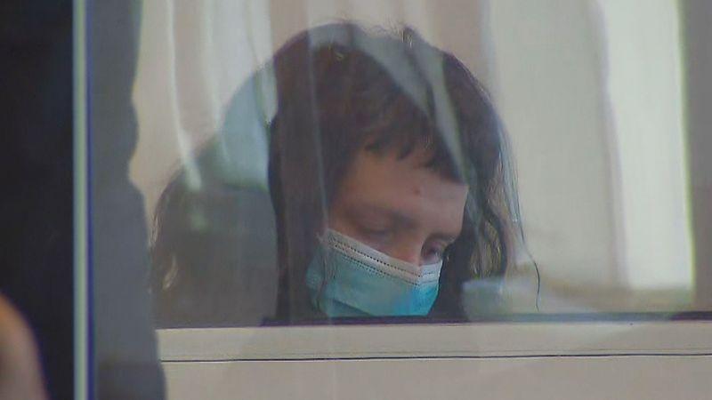Atrapan a niñera pedofila que compartió al menos 100 fotos y videos de abuso sexual infantil en la web