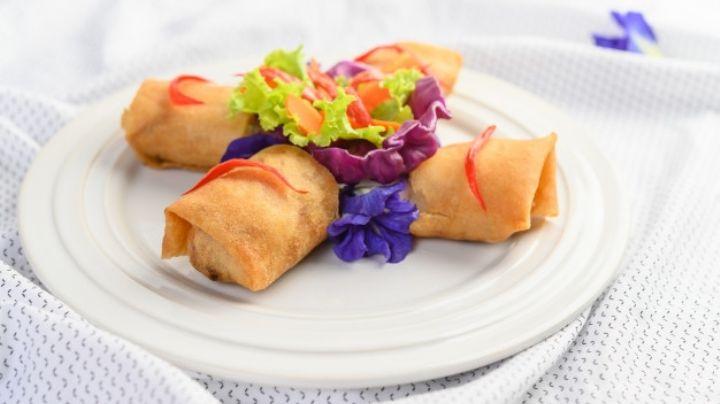 Lleva la comida china hasta la puerta de tu casa con estos rollitos primavera exprés