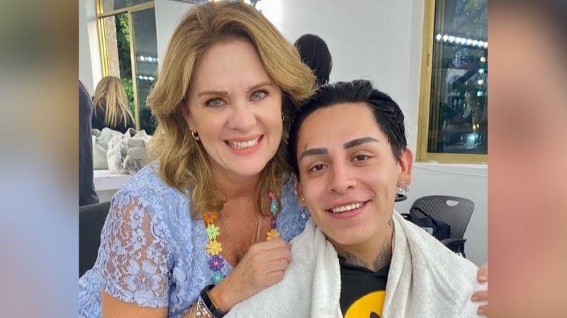"""¡Pleito en Televisa! Érika Buenfil pone en su lugar a Kunno por querer quitarle su """"corona"""""""