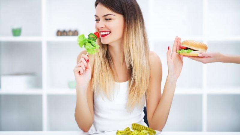 Deja la comida chatarra con ayuda de estos nutritivos, pero sabrosos 'snacks'