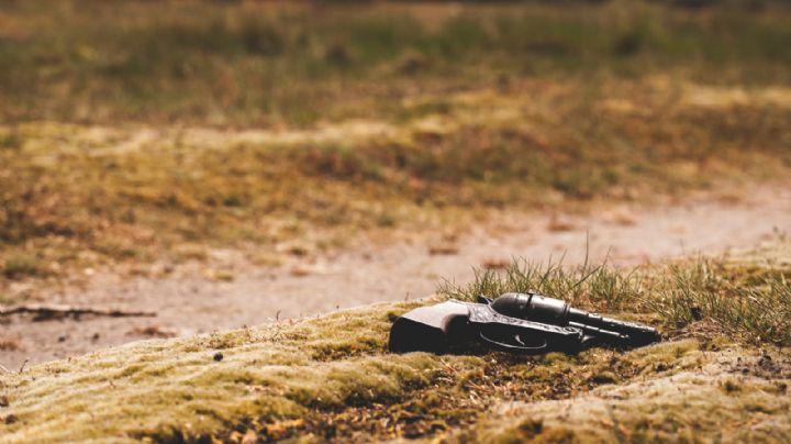 Sin piedad: Vecinos muelen a golpes a ladrón; después, lo matan de un tiro en la cabeza