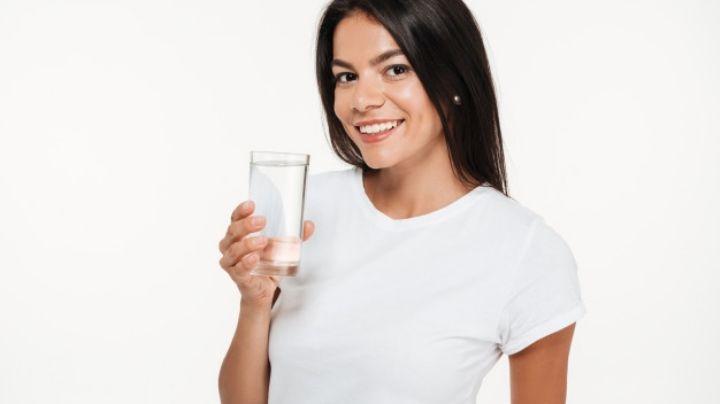 Identifica los litros de agua que debes tomar al día y comienza una vida saludable