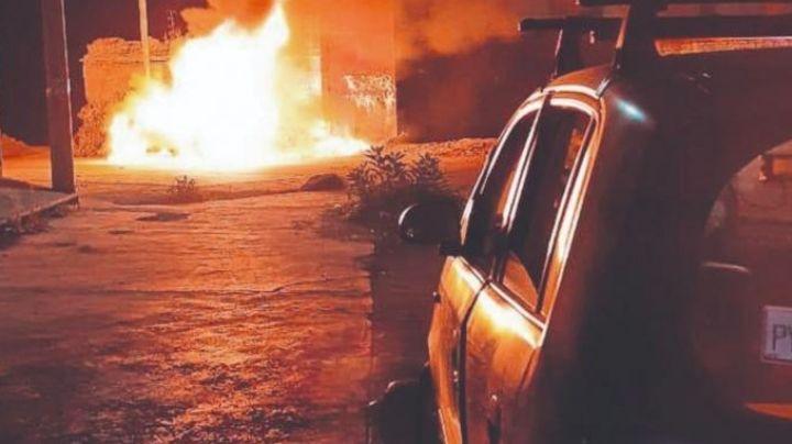 Terrible hallazgo: Auto se incendia y al combatir las llamas, autoridades encuentran a una persona