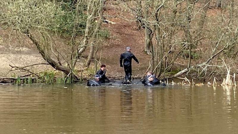 Encuentran cadáver dentro de un estanque mientras buscaban a un joven desaparecido