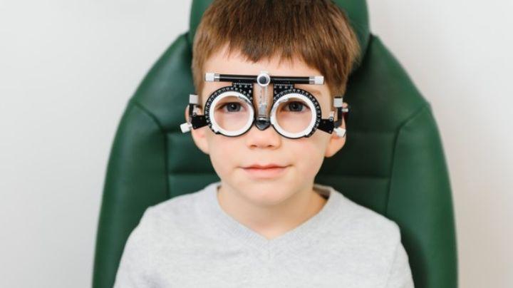Esta es la forma en la que podrás cuidar la salud visual de tus hijos