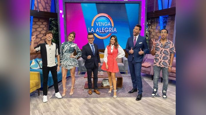 En 'Venga la Alegría', conductor de TV Azteca se burla de Cynthia Rodríguez y Laura G
