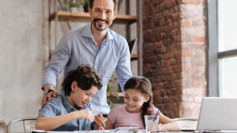 Anima a tus hijos a sacar buenas calificaciones con estas frases motivadoras