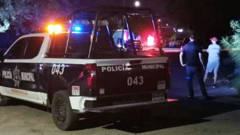 Mujer intenta quemar vivo a su exnovio en Sonora; lo roció con gasolina y le prendió fuego