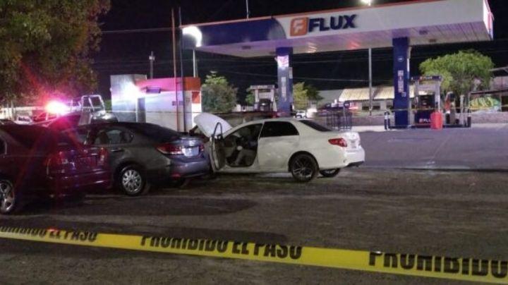 ¡Terrible! Asesinan a hombre en pleno estacionamiento de plaza comercial de Sinaloa