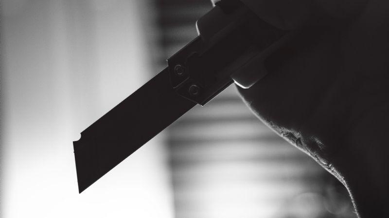 Brutal: Para que no lo atrapen, delincuente ataca y hiere de gravedad a elemento de la Policía