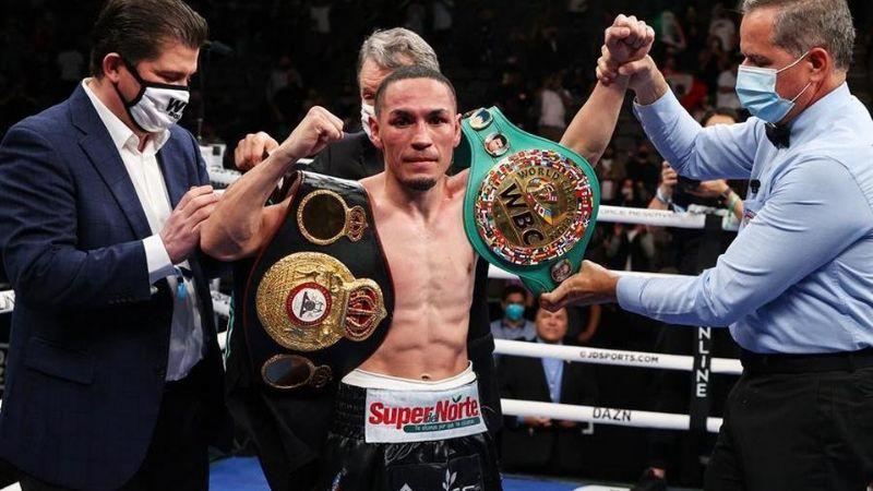 Un cuatro veces campeón mundial en diferente categoría quiere pelea con 'Gallo' Estrada
