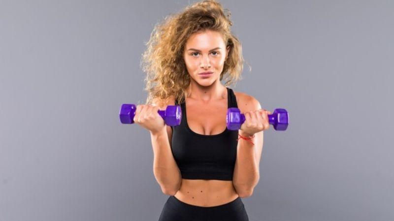Descubre algunos ejercicios que podrían llegar a causarte severas lesiones