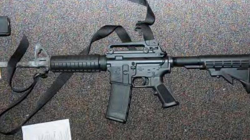 Aprehenden a presunto sicario en la sierra de Sonora; llevaba un arma de alto poder