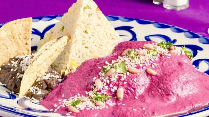 ¿Mole rosa? El sabor de esta platillo es delicioso: Aprende esta exquisita receta