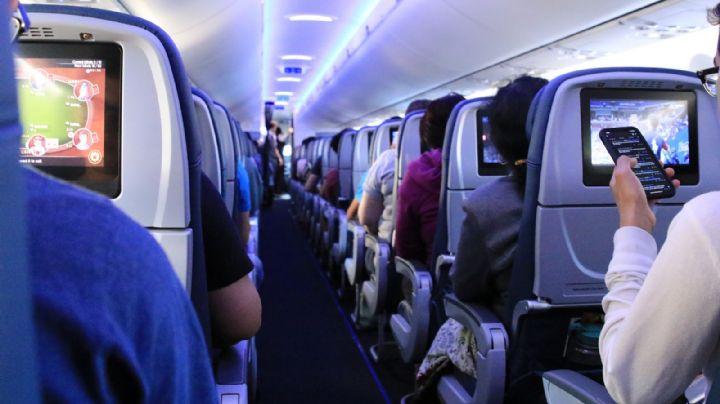 De terror: Hombre abusa de una menor durante un vuelo; ella logra salvarse con una nota