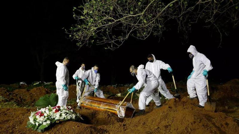 Brasil supera las 400 mil muertes por Covid-19; esperan vacunar a todos a fin de año