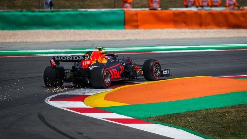 Mercedes domina clasificación para el GP de Portugal; 'Checo' Pérez saldrá cuarto