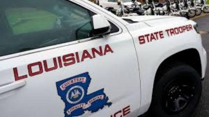 Menores roban una camioneta, escapan de la policía y chocan; hay un muerto y tres heridos