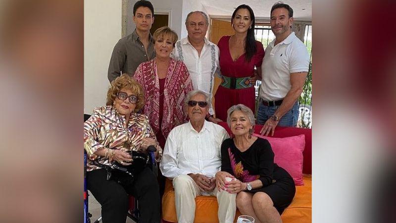 2 grandes de Televisa: Silvia Pinal celebra con sus hijas y Eric del Castillo el Día de las Madres