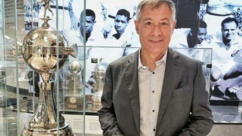 Ariel Holan sería el nuevo entrenador del León según los últimos rumores