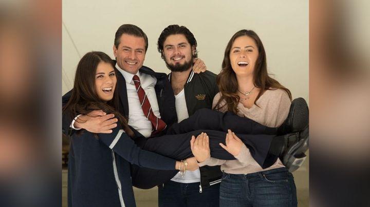 Enrique Peña Nieto reaparece en Instagram con foto inédita al lado de su difunta esposa
