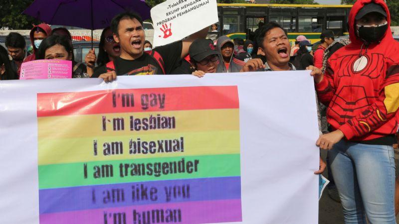 Violaciones, electrochoques y otras torturas: Así 'tratan' la homosexualidad en este lugar