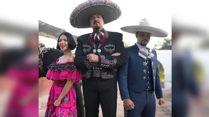 ¡Trapitos al sol! Pepe Aguilar, Ángela y Leonardo se hacen fuerte confesión en 'Tu-Night'