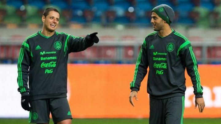 Vela y 'Chicharito' encabezan la lista de los mejor pagados en la MLS; esto gana cada uno