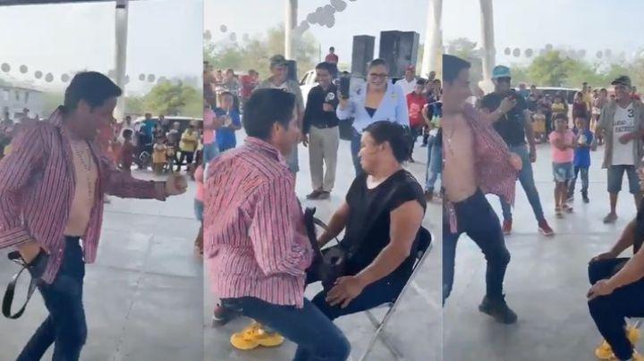 VIDEO: Candidato a la gubernatura de SLP realiza striptease a una mujer durante mitin