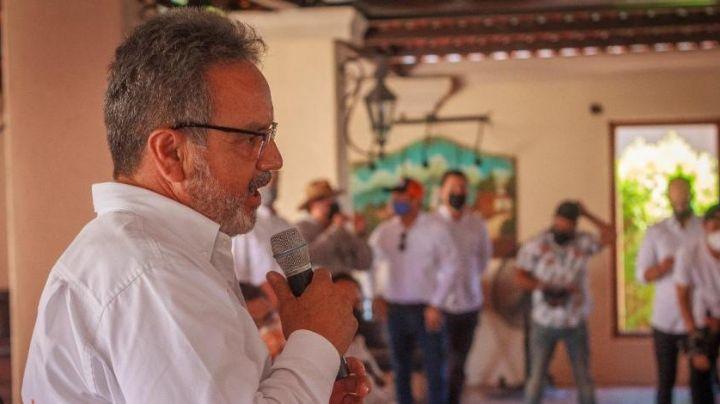 VIDEO: A 24 horas del asesinato de Abel Murrieta, la Fiscalía guarda silencio; fiscal huye de la prensa