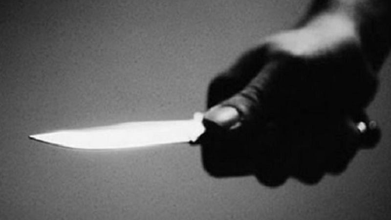 De terror: A plena luz del día, hombre apuñala a otro con un cuchillo de 30 cm en CDMX