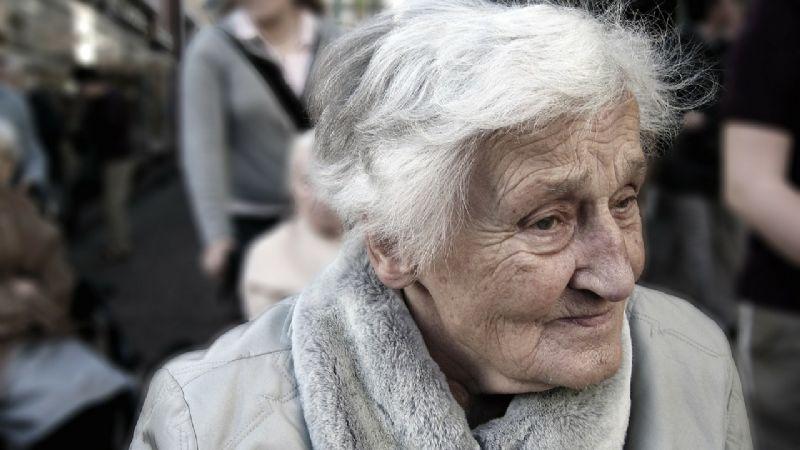 ¡Grandes noticias! Las videollamadas evitarían los síntomas de demencia en adultos mayores