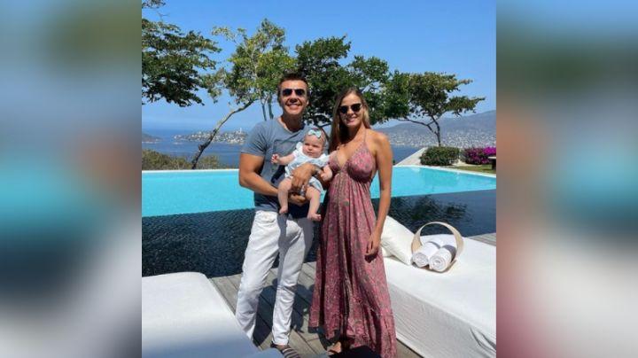 No solo 'El Canelo' y Alex Fernández, Adrián Uribe se casaría con Thuany, conductora de Televisa