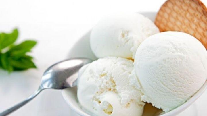 Refresca tu domingo con este delicioso y cremoso helado de queso