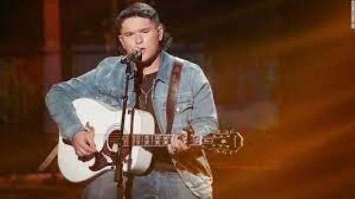 """Caleb Kennedy abandona 'American Idol' por un polémico en el que se """"disfraza"""" del KKK"""