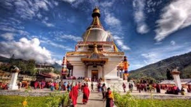 Bután, el país con un solo muerto por Covid-19 y toda su población elegible vacunada