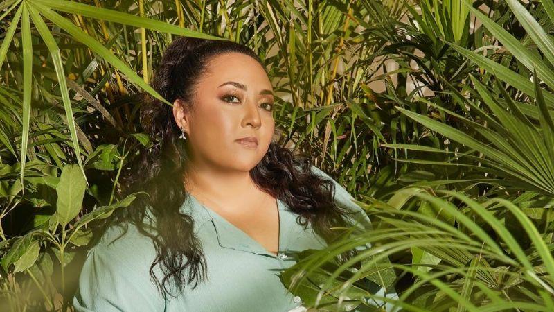 Michelle Rodríguez presume FOTO desde la playa y 'El Burro' Van Rankin esto le escribe