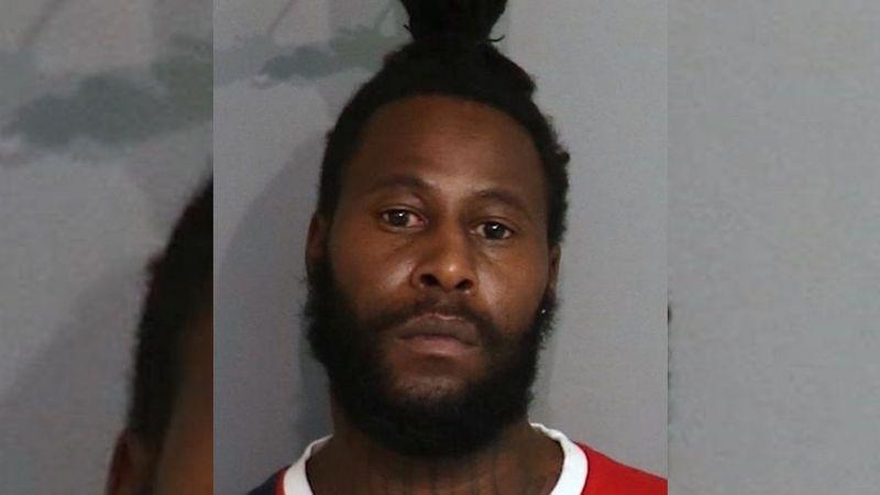 """Liberan a sospechoso de homicidio por un """"error matemático"""" de su abogado defensor"""