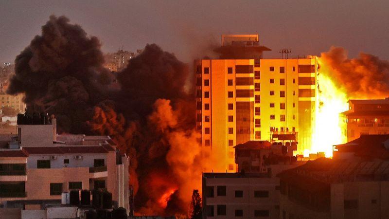 Colaborador de CNN pide que haya un Hitler tras sucesos entre Israel y Palestina