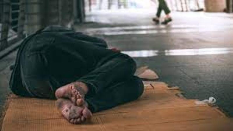 ¡Increíble! La forma de vivir de esta persona sin hogar te dejará totalmente impactado