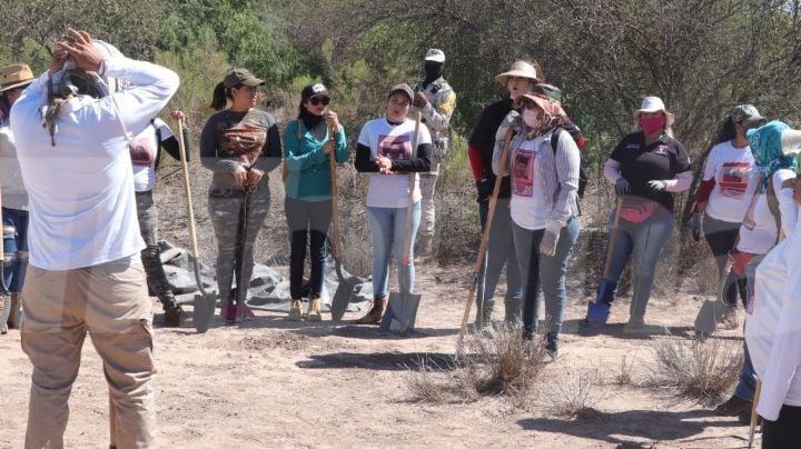 Habitantes de Guaymas realizan extensa limpieza a la Bahía Catalina