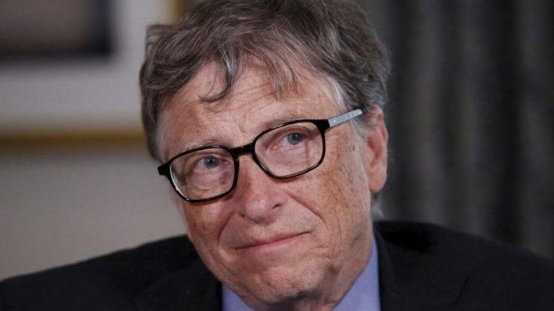 """Tras su renuncia, Microsoft investiga a Bill Gates por """"relación inapropiada"""" con una empleada"""
