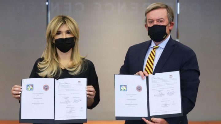 Claudia Pavlovich firma acuerdo de colaboración educativa entre Universidad Estatal de Arizona y SEC