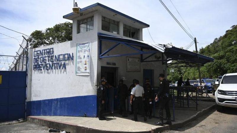 VIDEO: ¡De terror! Motín en cárcel de Guatemala deja 7 reos muertos; 4 fueron decapitados
